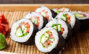 sushi - món ăn nhật bản dễ làm