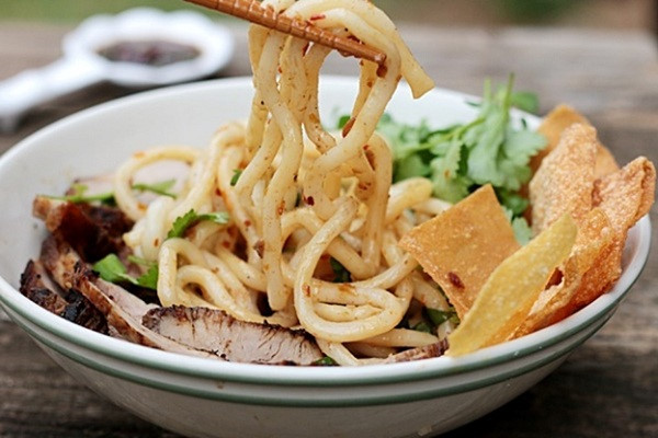 Khi nhắc đên các món ăn đặc sản Đà Nẵng không thể thiếu Cao lầu