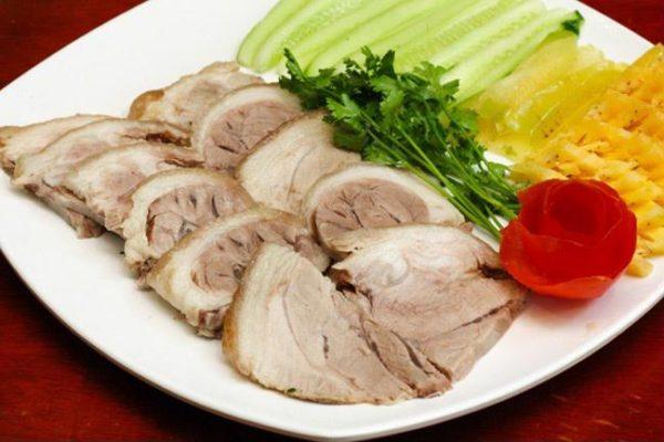 Chế biến món thịt lợn luộc